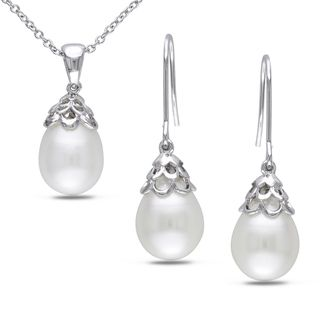 Miadora Silvertone Freshwater Pearl 2 piece Jewelry Set (9 10 mm
