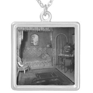 Bedroom belonging to Jeanne Lanvin c.1920 25 Pendant