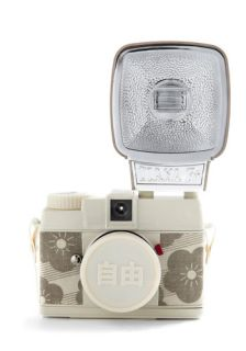 Special Edition Diana Mini Camera in JIYU  Mod Retro Vintage Electronics