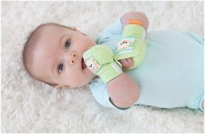 Infantino Infant Safety Gloves Hand Squeezies Baby Scratches Protection