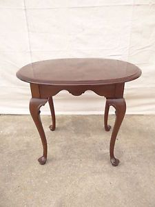 Ethan Allen Georgian Court Solid Cherry Oval Lamp End Table 225