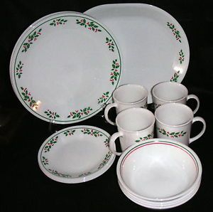 15 Piece Set of Corning Corelle Winter Holly Dinnerware Discontinued