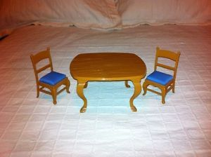 ... Madeline Dollhouse Furniture Kitchen Table And Chairs ...