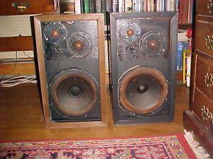 Acoustic Research AR 3 Speaker Ststems Pair