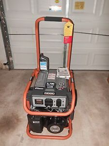 Ridgid 5 700 Watt Yamaha 301 CC Gasoline Powered Portable Generator