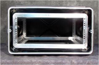 "Excellent SKB 20"" Deep 4U Shock Absorbing Rack Mount Road Case"