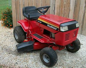 "Murray Riding Mower with 11HP Briggs Stratton Engine 38"" Deck"