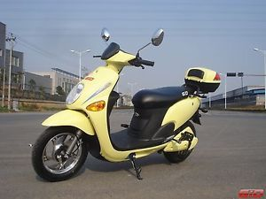 New Gio RZR La Electric Scooter Bike 500W Yellow