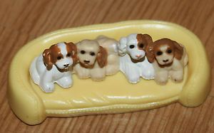 Fisher Price Loving Family Dollhouse Brown Puppies Puppy Dogs Dog Pet Bed