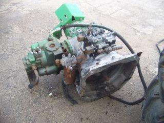 John Deere 9400 9510 9600 Combine Engine Gearcase w Main Hydraulic Pump 896