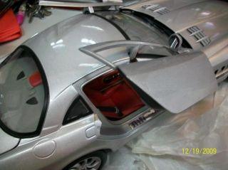 Mercedes Benz SLR McLaren Diecast Model Sports Car