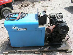 Miller Blue Star Gas Powered Welder Generator 220 Amp 3000W 16 HP Kohler Engine