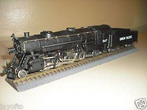 AHM Rivarossi HO 2 8 2 with Tender Mikado Steam Engine Union Pacific 5147