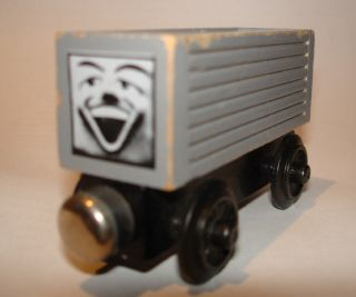 1992 Thomas Tank Engine Troublesome Truck White Face Wood Staples Flat Magnets