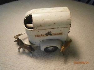 Vintage Tonka Toys USA Horse Farm Truck Trailer Original Piece w 2 Horses