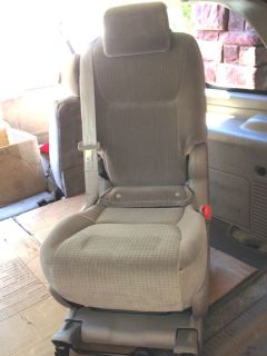 06 07 08 10 Toyota Sienna Beige Middle Center Passenger Jump Seat Console Plus 1