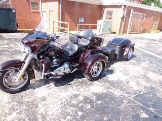 2014 Pull Behind Cargo Motorcycle Trailer Tow Behind Harley Bike Trike Tri Glide