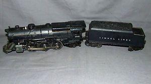 1940's Post War Lionel Train 675 and 6466WX Steam Locomotive Engine Coal Tender
