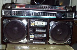 Helix HX 4636 Ghettoblaster Boombox