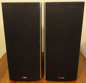 2 Polk Audio Monitor 40 Bookshelf Speakers Black Oak Pair