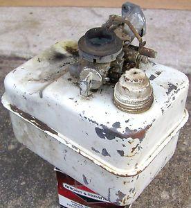Vintage Briggs Stratton 4 5HP Metal Gas Fuel Tank Go Kart Scooter Engine Old
