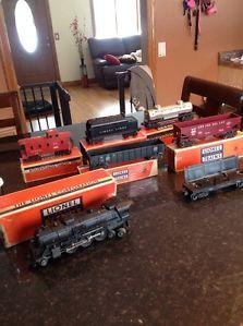 Vintage Lionel 2026 Locomotive Train Set with 7 Original Cars with Boxes Lots