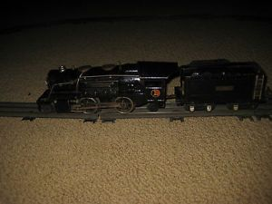 Lionel Train O Gage Pre War 259E Engine and Tender
