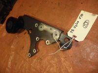 98 99 00 Volvo V70 Power Steering Pump Bracket Mount 2 4L Turbo