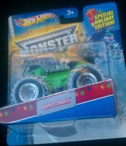 2013 Hot Wheels Monster Jam Grave Digger w Snow Tires Special Holiday Edition