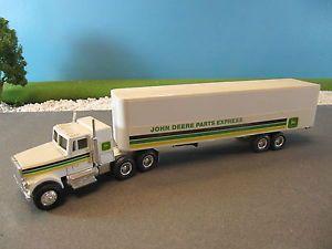 Ertl Diecast International Tractor Trailer Truck John Deere Parts Express 1 64