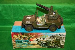 Vintage 1960's Tin Plate US Anti Aircraft Jeep Trade Mark Japan Battery Operated