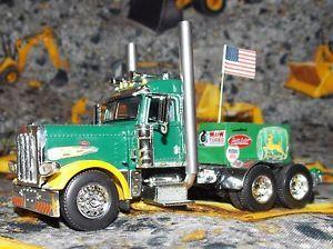 1 64 Custom DCP Peterbilt Pulling Truck