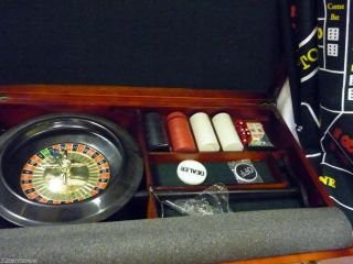 Casino Game Set 5 in 1 Texas Hold'Em Baccarat Black Jack Craps Roulette