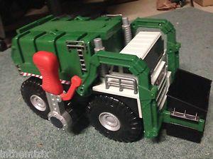 Tonka Strong Arm Green Sanitation Garbage Truck Makes Sounds Dumps Bin Hasbro