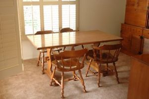 Ethan Allen Beautiful Dining Room Table and 4 Chairs Mission Viejo CA