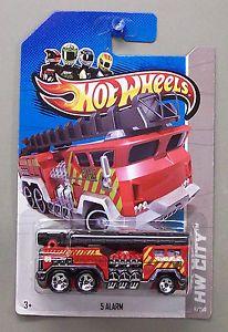 5 Alarm Fire Truck Hot Wheels 1 64 Scale Diecast Car Truck