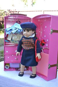 American Girl Molly Doll and Trunk with EXTRAS Outfits Books Crutches