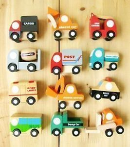 12 x Wooden Toy Construction Vehicles Car Truck Kids Party Favor Supply VEH002
