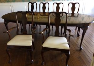 Ethan Allen Georgian Court Cherry Dining Table and 6 Chairs