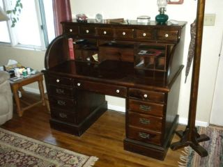 Ethan Allen Solid Wood Roll Top Desk w Key Old Tavern Collection