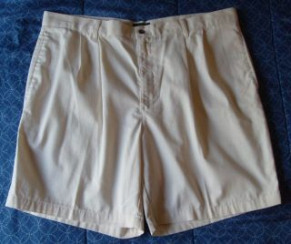 Mens Size 42 Dockers No Wrinkle Khakis Pleated Cotton Chino Golf Shorts Beige