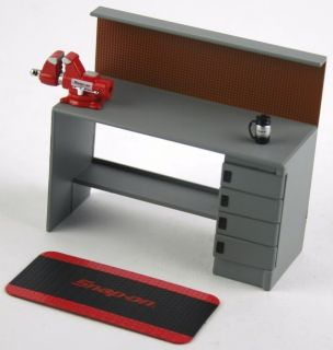 1 18 Scale Snap on 13 Piece Professional Automotive Garage Shop Diorama Tools