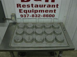 "Chicago Metallic 303D 15 Cup Cake Muffin Pan 4"""