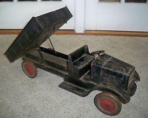 "Antique Dayton Toy Specialty Co Sonny Dump Truck Hand Lift Excellent 25 3 4"""