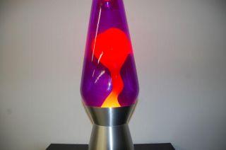 250oz Grande Lava Brand Motion Lamp Purple Liquid w Yellow Lava