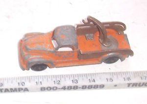 Hubley Metal Tow Truck Wrecker Diecast 1940s Toy Car