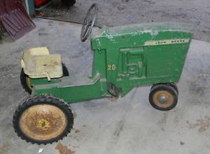 Antique Early John Deere Pedal Tractor Childrens Toy
