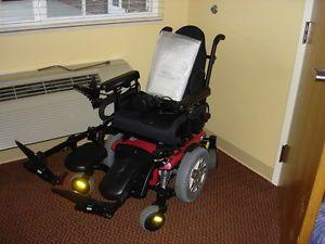 Quantum Q6 Edge Electric Wheelchair Slightly Used