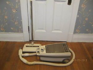 Vtg Whirlpool Canister Vacuum Cleaner w Power Sweeper Head 7000