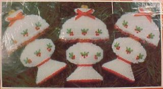 Hurricane Lamps Xmas Needlepoint Kit Mary Maxim